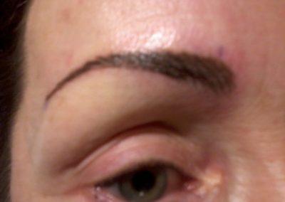 Tyylikoulu, kauneusstudio, parturi, kampaamo, parturi-kampaamo, Oulu, kynsistudio, meikkaus, meikit, pigmentointi